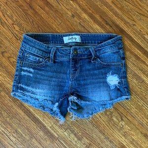 DayTrip Gemini Denim shorts